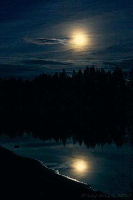 Midnattsmånen - 23.29