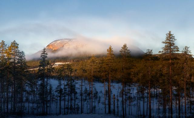 Åik (Hyikeberg) i solsken